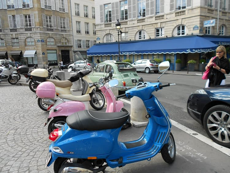Scooters color Odeon